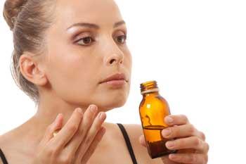 inhalar aceites esenciales de la botella